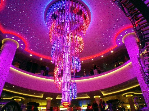 Photo of atrium chandelier on Norwegian Getaway goes here.*